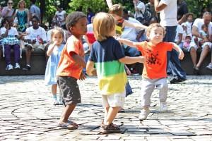 kids dancing Leslie Zaslower